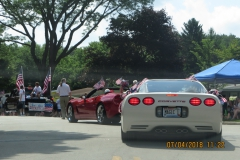 8-RED_WHITE_BLUE VETTES LEADING THE PARADE